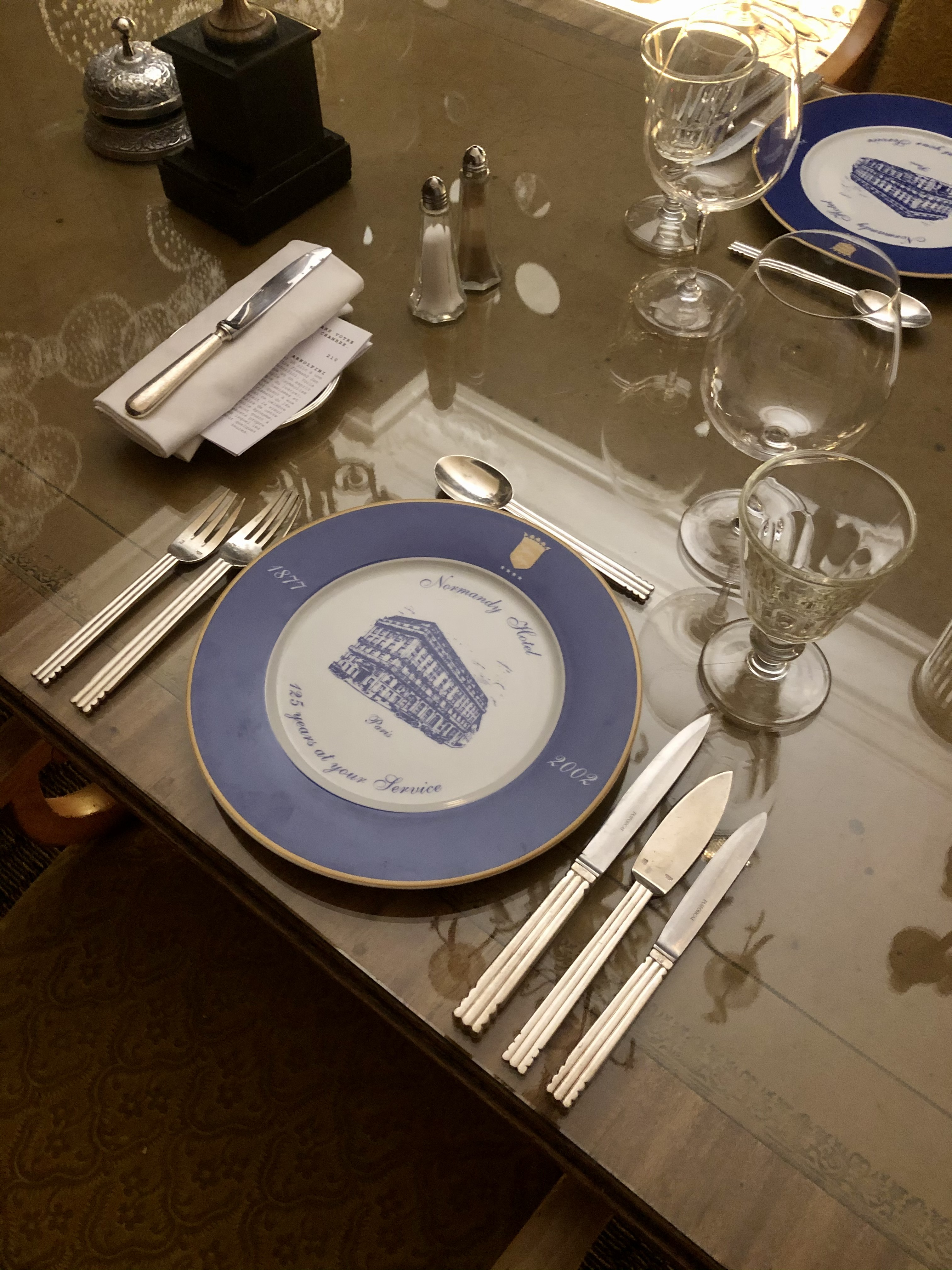 66/Le_Village_du_Normandy/ROOM_SERVICE_CLUB/Table_210_Bis.jpg
